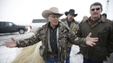 Cliven Bundy talks grazing contracts at Finicum funeral